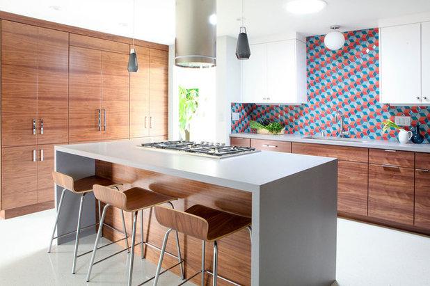 Contemporary Kitchen by Destination Eichler, LLC