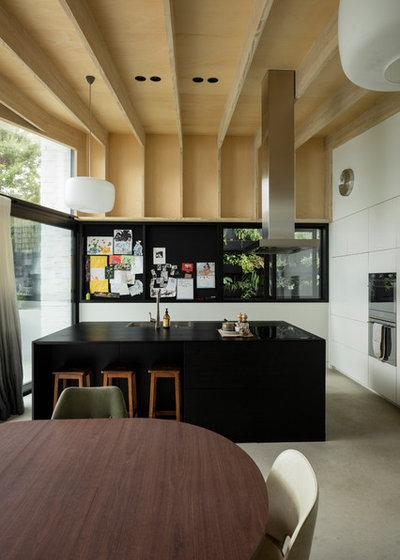 Contemporary Kitchen by Glamuzina Architects