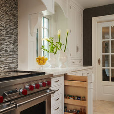 Traditional  by Kitchen Designs by Ken Kelly, Inc. (CKD, CBD, CR)