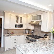 Traditional Kitchen by Kitchen + Bath Design + Construction, LLC