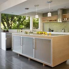 Contemporary Kitchen by nuFORM studio