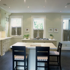 Traditional Kitchen by Demerly Architects