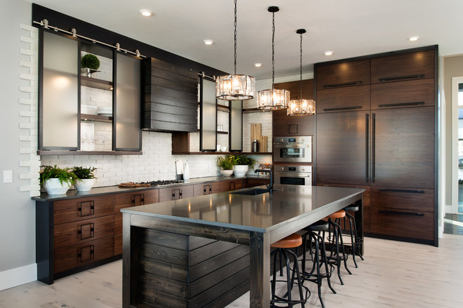 Industrial Kitchen by Royalty Construction