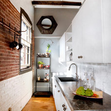 Industrial Kitchen by Landing Design & Development