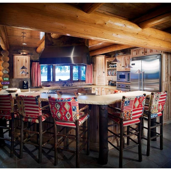 Log Cabin Kitchen on the lake