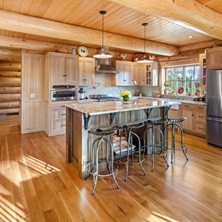 75 Most Popular Rustic Kitchen With Light Wood Cabinets Design Ideas