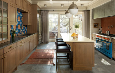 Chicago Kitchen Shifts From Contemporary to Traditional