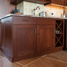 Modern Kitchen Cabinetry by Kitchen & Bath Cottage