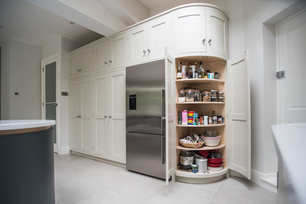 kitchen tour a bespoke kitchen is recycled in a new extension. Black Bedroom Furniture Sets. Home Design Ideas