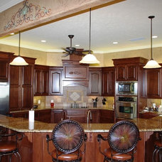 Traditional Kitchen by Lone Star Custom Homes