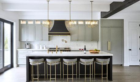 New This Week: 3 Wonderful White-and-Gray Kitchens