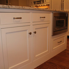 Traditional Kitchen by Knight Kitchens Ed Stoehr