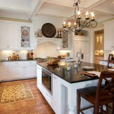 Traditional Kitchen by Bruning Homes, Inc.