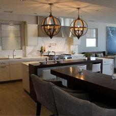 Modern Kitchen by Spogue Kitchens & Bath