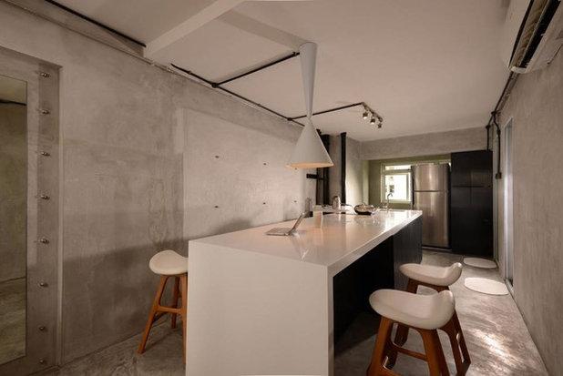 Industrial Kitchen by VOILÀ