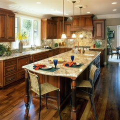 mediterranean kitchen by Mason Hammer Builders, Inc
