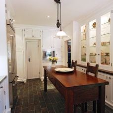 Farmhouse Kitchen by KellyBaron
