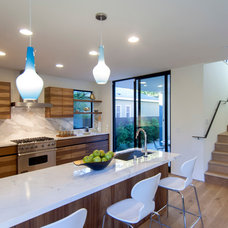 Modern Kitchen by Modern Mecca™ | Los Angeles Home Staging
