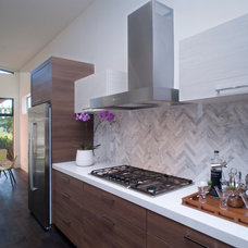 Midcentury Kitchen by Modern Mecca™ | Los Angeles Home Staging