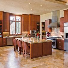 Contemporary Kitchen by LaRue Architects