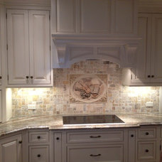 Traditional  by Rogers Designs Inc.