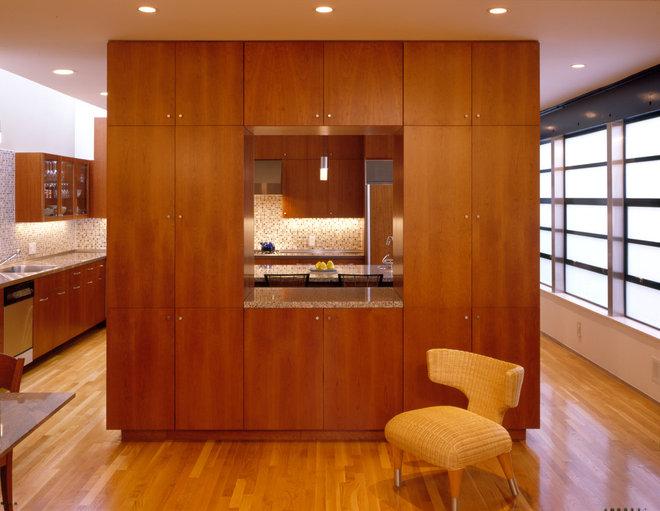 Modern Kitchen by John Lum Architecture, Inc. AIA