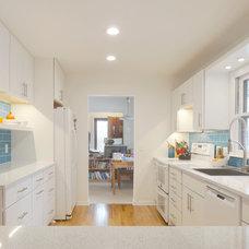 Contemporary Kitchen by DreamMaker Bath & Kitchen