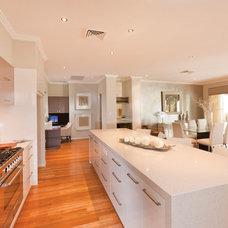 Modern Kitchen by RiverStone Homes