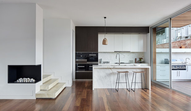 Contemporary Kitchen by Melbourne Design Studios (MDS)