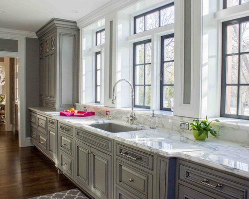 Shabby Chic Style Kitchen Design Ideas Renovations Photos With Dark Hardwood Floors