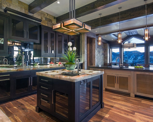Square kitchen island houzz for Square kitchen ideas