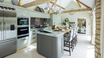 Luxury Cirencester home with Castile limestone flooring by Rixon Architects