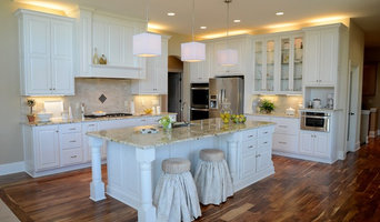 Luxury Classic White Kitchen