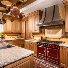 Traditional Kitchen by Smith Brothers