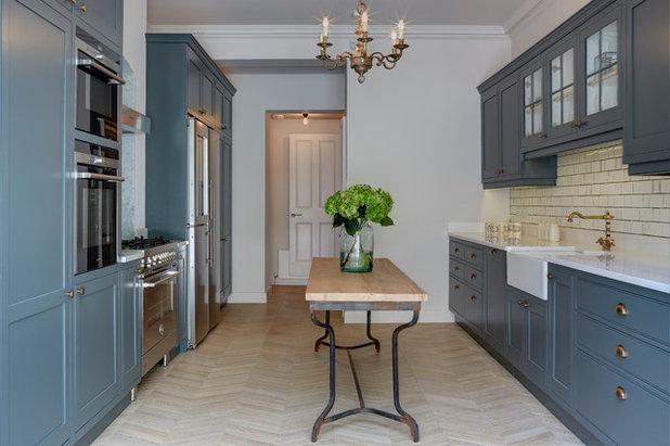 Transitional Kitchen by Robert Rhodes Architecture + Interiors