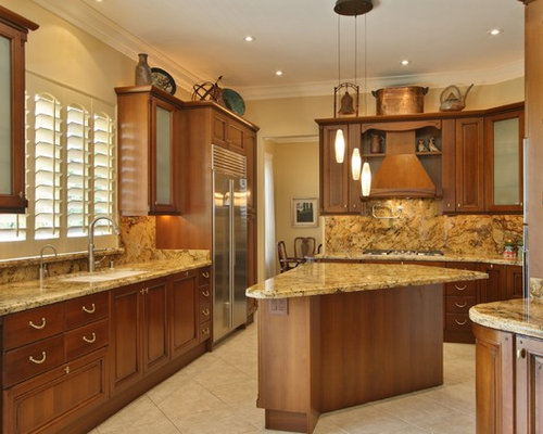 Tuscan kitchen design houzz for Tuscan kitchen design