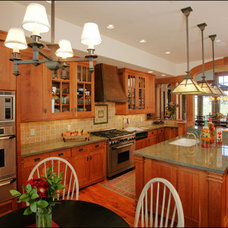 Craftsman Kitchen by Lynne Barton Bier - Home on the Range Interiors