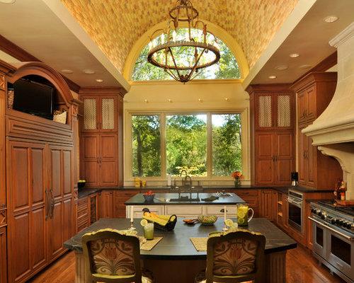 Lynnwood kitchen study for Country living light mahogany kitchen island