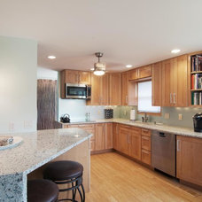 Contemporary Kitchen by Design Insight Inc.