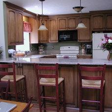 Traditional Kitchen by David Leiz Custom Woodworking, Inc
