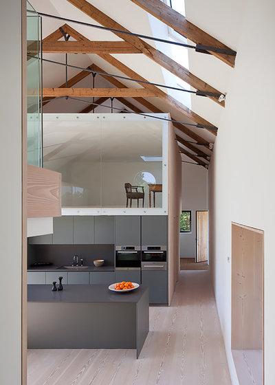 Contemporary Kitchen by JAMIE FALLA ARCHITECTURE