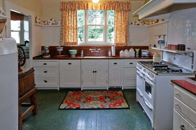 Farmhouse Kitchen MacMurray Ranch