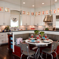 Traditional Kitchen by A. Dodson's