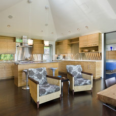 Contemporary Kitchen by Prentiss Architects
