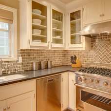 Traditional Kitchen by Michael Knowles, Architect