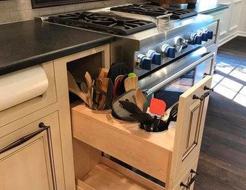 Madisonville Farmhouse Kitchen   Custom Amish Cabinets.