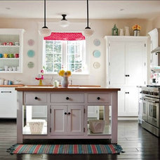 Traditional Kitchen by Wesley Ellen Design & Millwork