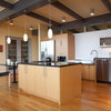 Houzz Tour: Universal Design Makes a Midcentury Home Accessible