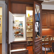 Traditional Kitchen by Bentwood of Dallas