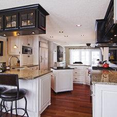 Modern Kitchen by Schrader & Companies